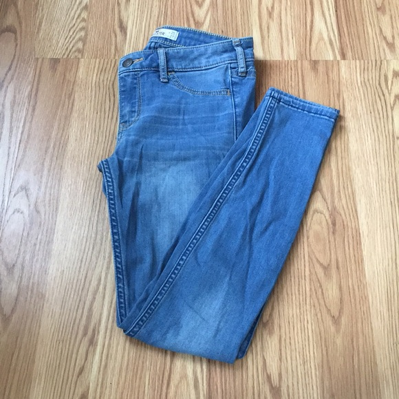 Hollister Denim - Light blue skinny jeans